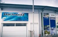 Unser Pavilion mit Werkstatthalle in München Aubing